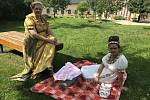 Empírový den na zámku v Čechách pod Kosířem, piknik, 13. září 2020