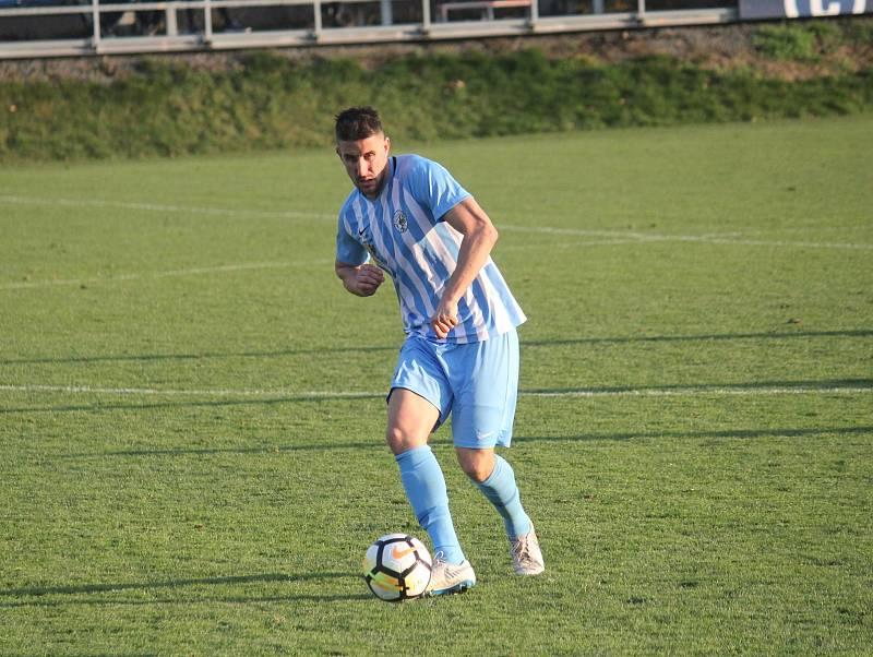 Fotbalisté Prostějova (v modrém) proti TřinciMartin Sus