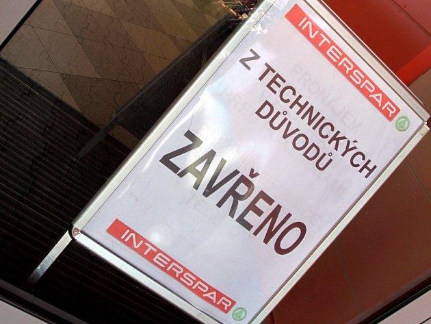 Zavřený Interspar v Plumlovské ulici v Prostějově.