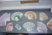 Peníze ze ztracené tašky