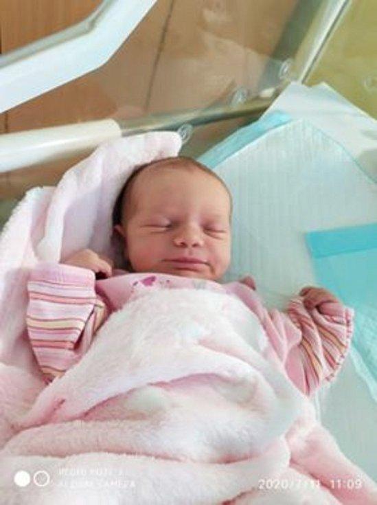 Veronika Flašarová, Týniště nad Orlicí, narozena 9. července 2020 v Přerově, míra 50 cm, váha 3 370 g