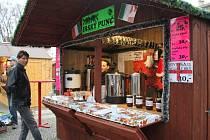 V Prostějově lákají zákazníky na punče ze všech koutů světa, a pro děti mají všichni prodejci připravený i punč dětský