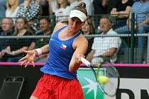 Markéta Vondroušová při utkání Fed Cupu