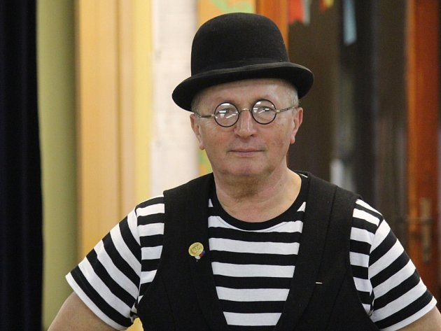 Jiří Vrba, prezident Divadelní společnosti Větřák