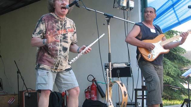 Dvoudenní hudební maratón v Mořicích načala kapela Jethro Tull revival z Přerova.