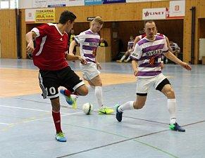 SEZÓNA SE ROZJELA. Prvním turnajem v neděli 19. listopadu 2017 odstartovala dlouhodobá zimní futsalová soutěž okresu Prostějov.