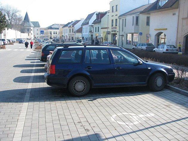 Parkoviště ve Školní ulici v Prostějově