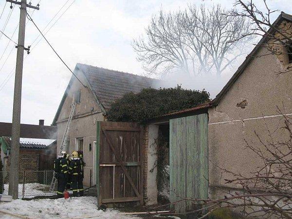 Požár rodinného domku vBřezsku