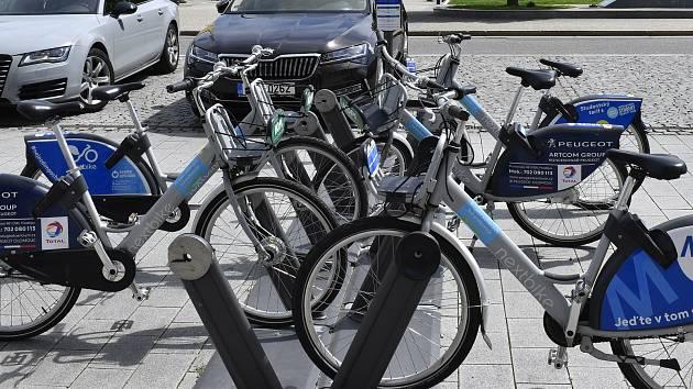 Sdílená kola v Prostějově. Ilustrační foto