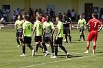 Fotbalisté Prostějova (v zeleném) porazili ve Slatinicích Otrokovice 6:0.