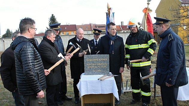 Zahájení stavby hasičské zbrojnice v Kostelci na Hané