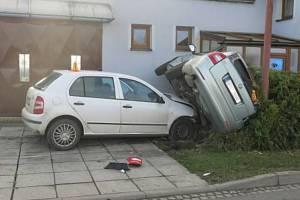 Nehoda 18letého řidiče ve Výšovicích, 22.11.2020