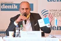 Debata s prostějovským primátorem Jurou a jeho náměstky v klubu Duha