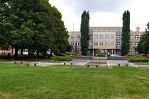 Budova bývalého Okresního úřadu na nám. Spojenců