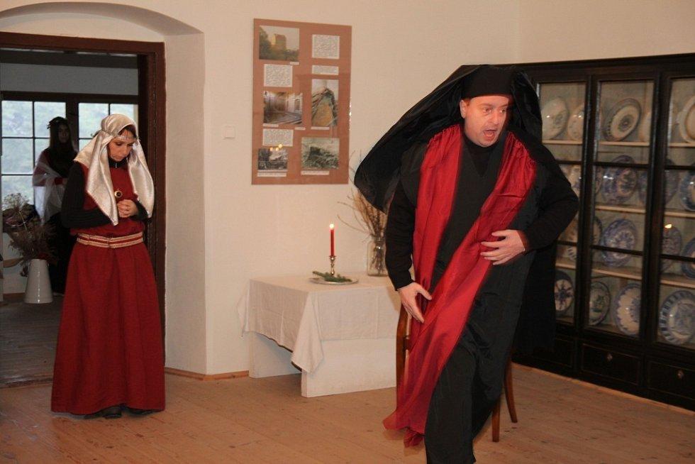 Putování adventem na plumlovském zámku