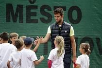 V Prostějově proběhl tradiční zápis do tenisové školy a trénink dětí s tenisovými osobnostmi