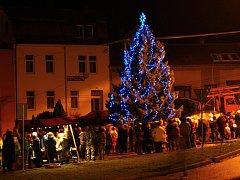 Andělské slavnosti v Plumlově 2015 - rozsvícení vánočního stromu
