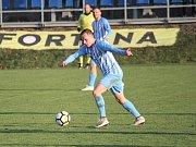 Fotbalisté Prostějova (v modrém) proti Třinci. Martin Slaninka