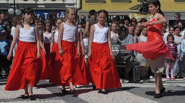 Prostějovské dny hudby 2011 - promenádní koncerty ZUŠ na náměstí T.G.M.