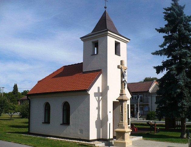 Kaple Nanebevzetí Panny Marie vRakůvce