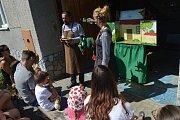 Pro děti bylo připravené loutkové divadlo, které zajistilo Studio Bez Kliky.