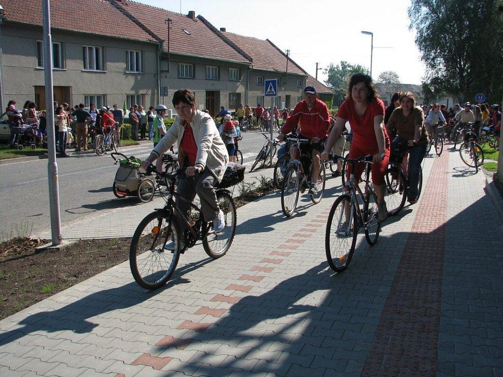 V sobotu 10. května byla oficiálně otevřena další cyklostezka na Prostějovsku.