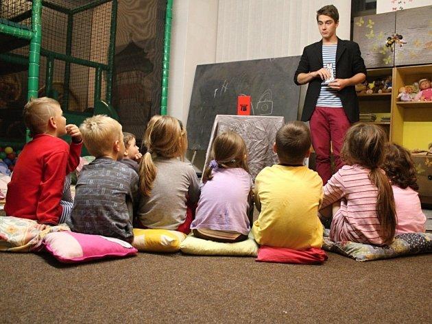Štěpán Gajdoš s dětmi