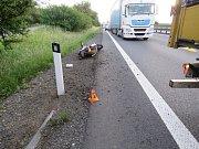 Nehoda motorkáře na D46 (první nehoda) - 22. května 2018