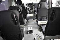 Desinfekce služebních vozů - malá nenápadná krabička zlikviduje v uzavřeném prostoru všechno živé.