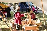 Středověká veselice. Ochozské hody ve znamení jídla, pití a zábavy.