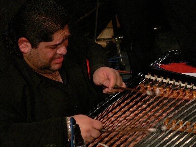Cimbalista Ernest Šarközi