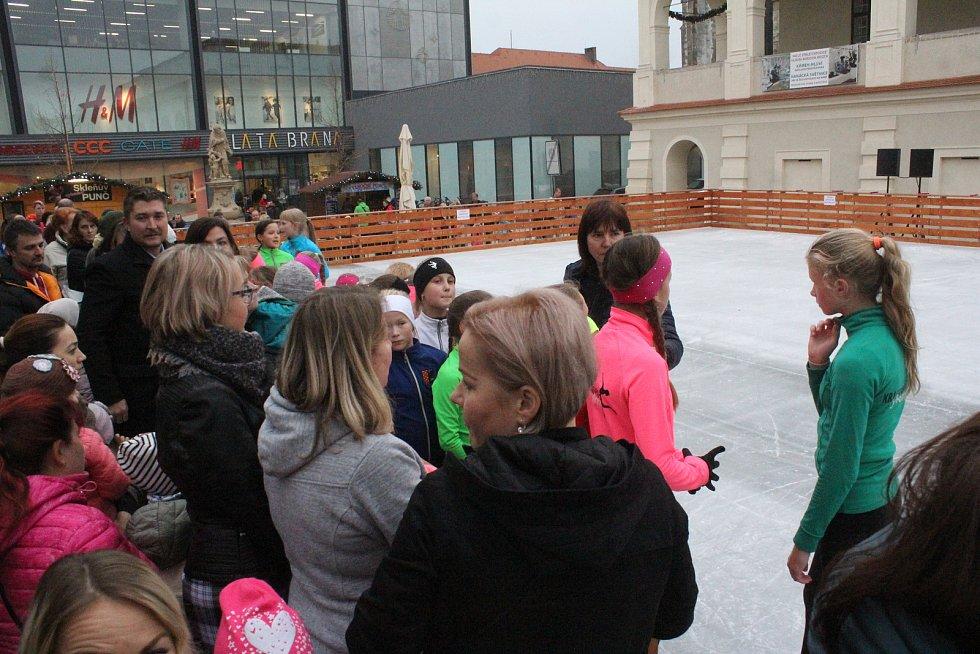 Slavnostní otevření kluziště na náměstí TGM v Prostějově 2018