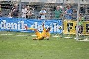 Fotbalisté Prostějova (v modrém) porazili Brno 2:1.