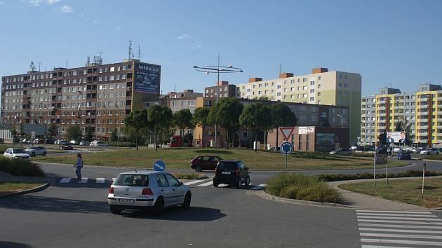 Obří rondel v Plumlovské ulici v Prostějově