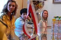 Členy taneční školy Hubený přijali na prostejovské radnici
