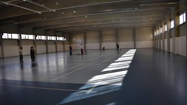 Sportovní hala v Olšanech u Prostějova už stojí. Moderní sportoviště uspokojí všechny hobby sportovce.