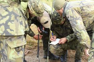Třetím dne pokračovala prestižní armádní soutěž průzkumných hlídek ve vojenském prostoru Libavá.