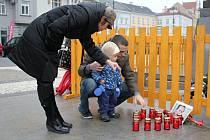 Pietní vzpomínka na Václava Havla na náměstí T. G. M. v Prostějově