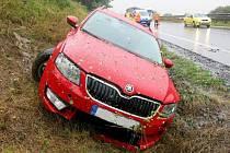 Nehody na mokré R46 u Prostějova