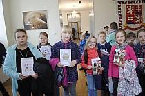 Pro odměnu za jeden z nejhezčích betlémů si žáci z Čech pod Kosířem jeli až na Pražský hrad.
