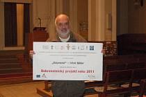 V prostějovském husitském kostele visí diplom, který převzali zdejší organizátoři táborů pro děti jako ocenění v republikové soutěži dobrovolnických projektů