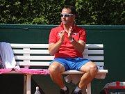Mistrovství světa družstev do 14 let v tenisu, Prostějov. Kapitán dívčího družstva Daniel Filjo