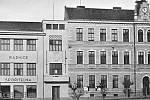3. Budovy radnice a měšťanské chlapecké školy na náměstí v Konici 1938.