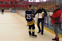 Vyhlášení výsledků turnaje mladých hokejistů
