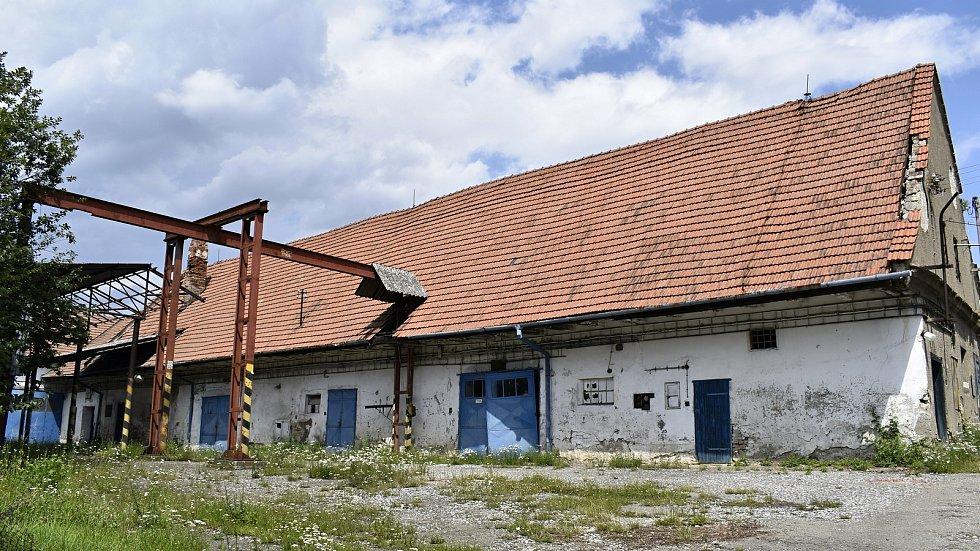 Místo chátrajícího Panského dvora, by měl v Konici vzniknout supermarket.