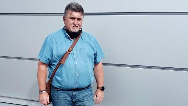 Patnáct let ho živila politika, teď bude muset zajistit rodinu jiným způsobem. Ladislav Hynek z Kostelce na Hané.