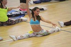 V hale Reálného gymnázia a základní školy města Prostějova cvičili soutěžící všech věkových kategorií.
