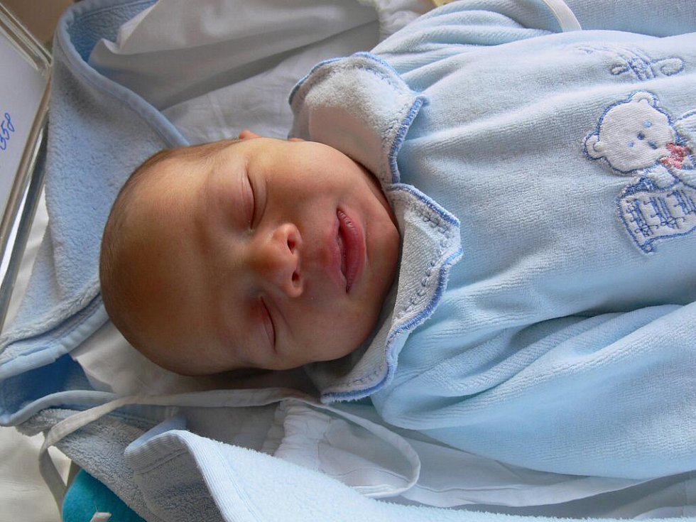Dominik Háva, Vřesovice, narozen 27. dubna, 53 cm, 4000 g