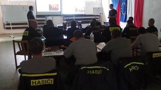 Výcvik hasičů - teoretická příprava