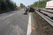 Nehoda kamionu a dvou osobních aut na D46 u Držovic - 22. května 2018
